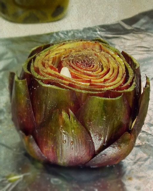 Garlic roasted Artichoke