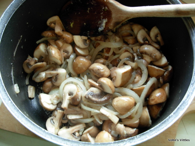 Mushroom stroganoff - fry mushrooms and onions