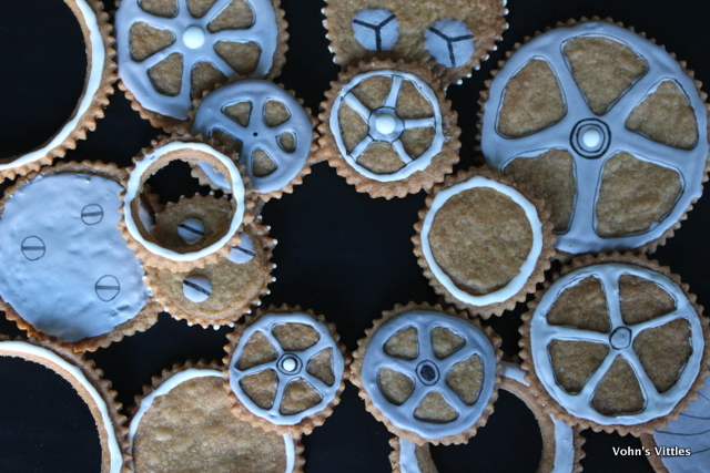 Doctor Who steampunk cookies