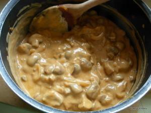 Mushroom stroganoff - add yoghurt